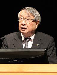 NRRCの取り組みなどを説明する各務理事長