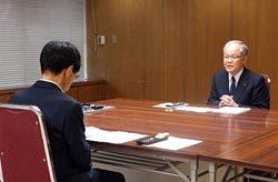 美浜3号機の工事計画について説明する重松副社長