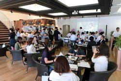 健康メニューなどを提供するカフェスペース