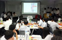 プレゼンテーション大会では各校が研究成果を発表した