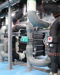 愛知大学名古屋校舎地下1階に配備された熱交換器