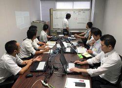 訓練は職員と開発に協力したメーカー・ソフト開発会社が参加して実施された