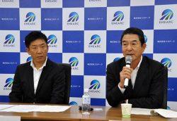 新会社設立で抱負を語る糸山社長(右)と澤田副社長