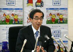 大飯3、4号再稼働に同意する考えを表明した西川知事(27日、福井県庁)