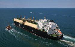 ウィートストーンから日本に向けて出航した第1船(シェブロン提供)