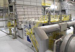 国内で初めて稼働した燃焼温度1600度級の最新鋭高効率ガスタービン「7HA」