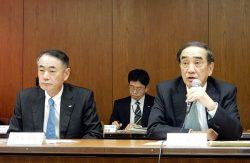 外部利益の上積みを要請する苅田会長(右)と清水社長
