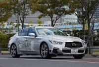 自動運転の公道テストを開始した日産の実験車両