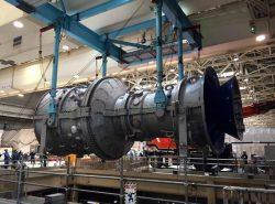 横浜火力で行われたガスタービン交換作業の様子