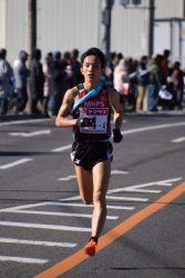 MHPSは4区のエース・井上大仁選手(写真)が区間2位の快走。2年連続の入賞を果たした(4区を走るエースの井上大仁選手)