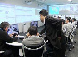 IHIの「お客さま運用支援センター」。毎朝のほか大きなトラブル時にも幹部が集まる