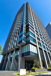 新型の在籍確認システムを導入したケイ・オプティコムの新本社ビル