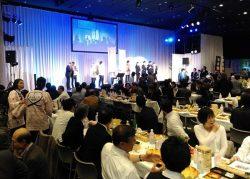 会場と舞台が一体となって福島の復興を支えようと盛り上がった