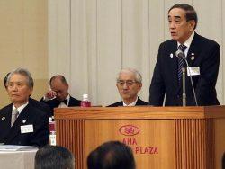 中国経済連の方針を説明する苅田会長(右)。左は経団連の榊原会長