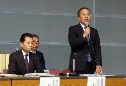 説明会であいさつする島根原子力本部の岩崎本部長