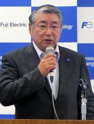 発電事業戦略を説明する藤原本部長