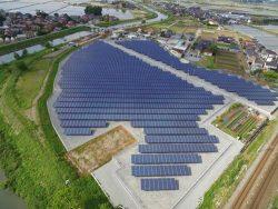 石川県加賀市に完成した動橋太陽光発電所