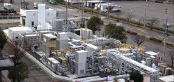 神戸市の実証施設。水素と天然ガスを自在に切り替えて燃料に使うことができる