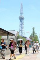 連日の猛暑で中部エリアの電力需要も今夏最大を更新した(18日午前の名古屋・栄付近)