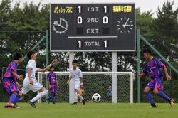 営業再開を祝し、Jヴィレッジスポーツクラブ(SC)と福島県選抜(15歳以下)の記念試合が行われた。震災が発生した午後2時46分で止まっていた時計が、試合開始とともに動き出した(28日)