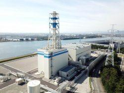 21日に営業運転を開始した富山新港火力LNG1号機のタービン建屋
